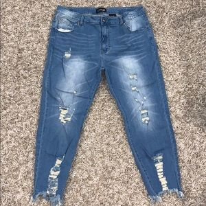 👖 Cover Girl 20W Distressed Jeans EUC
